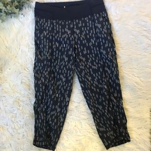 Lucy ruched yoga capris / NWT!!!! - small